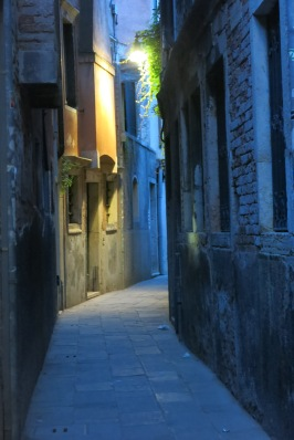 One of many alleyways - its quiet because it's past 8:30pm