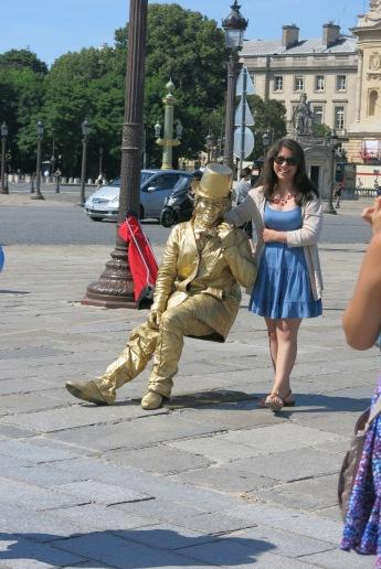 Street performer @ La Concorde