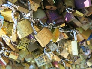 Chain of padlocks
