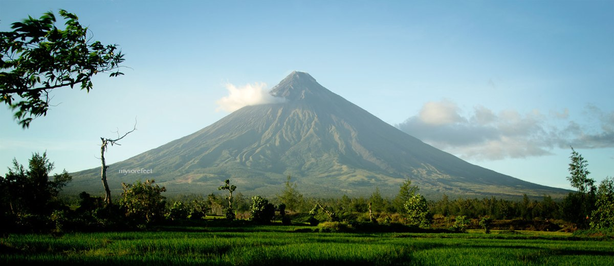 Mount Mayon and the Cagsawa Ruins