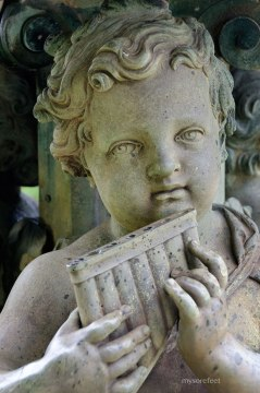 Cherub Fountain Ornament